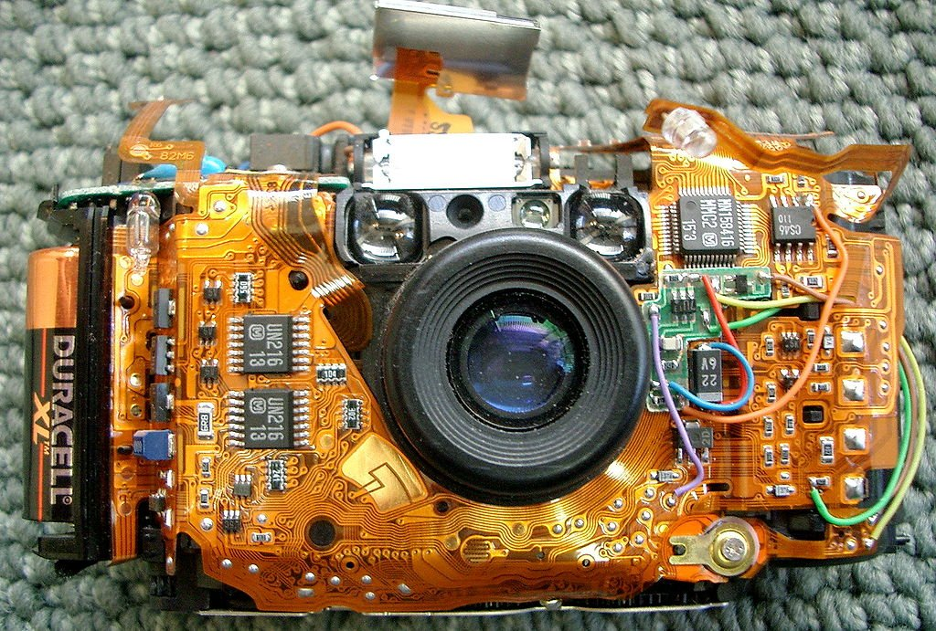 Flexible-PCB-in-a-Camera