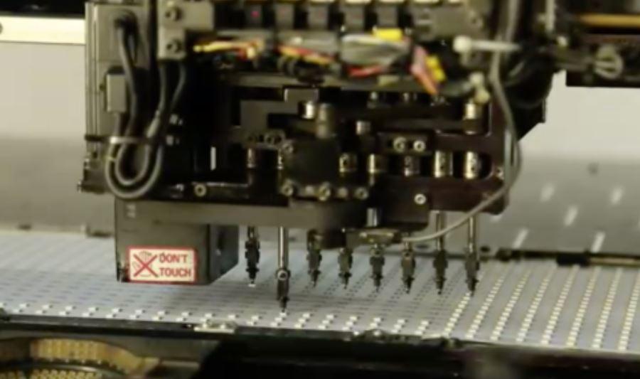 Assembling LED PCB
