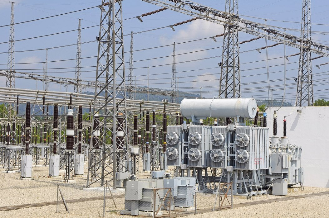 Power transmission substation